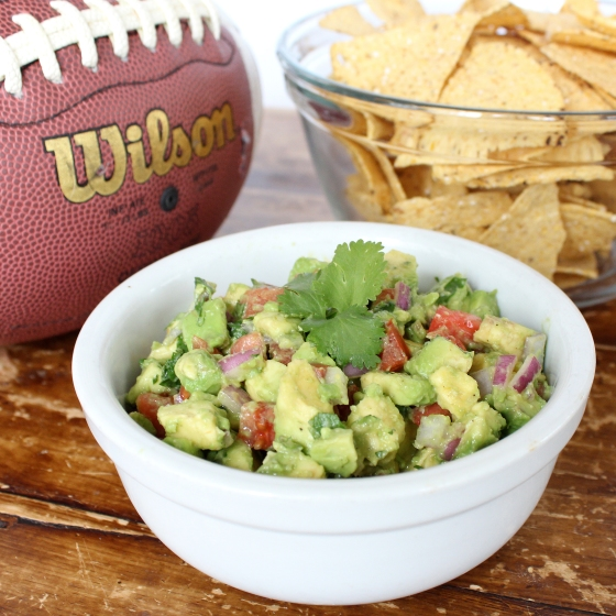 Chunky Guacamole with Tomato and Red Onion | If You Give A Blonde A Kitchen